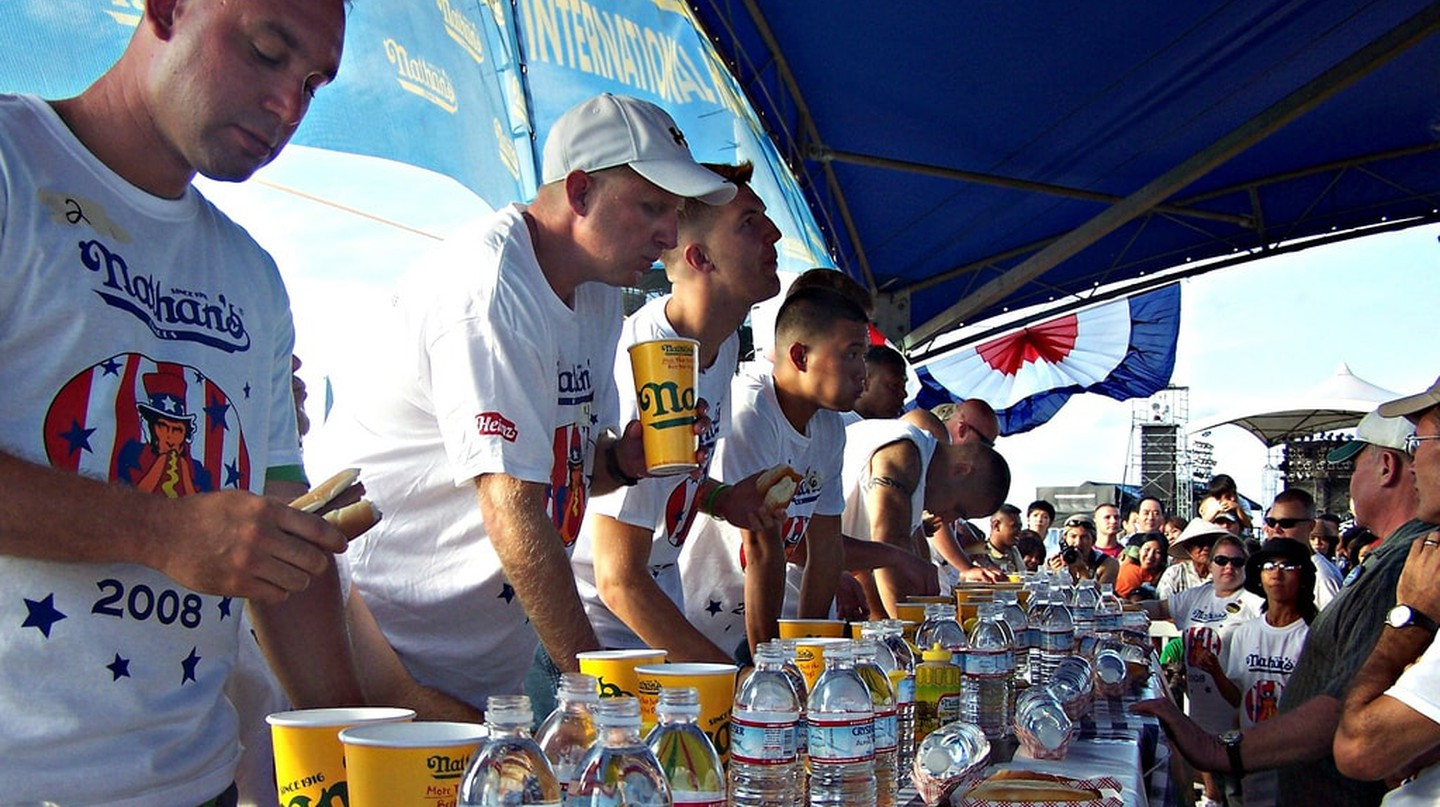 Nathan's Hot Dog Eating Contest | Ashley/Flickr