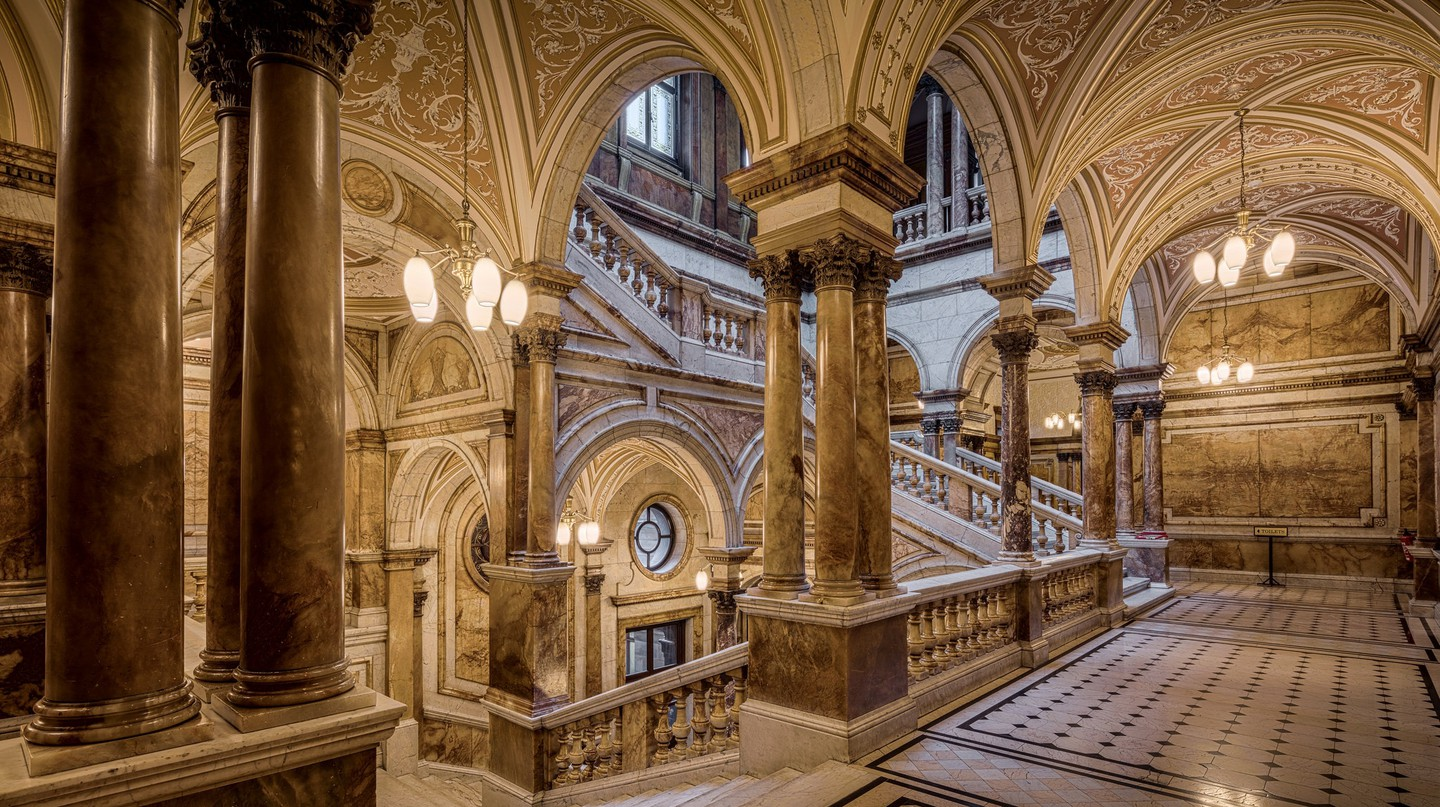 Glasgow City Chamber Staircase | © Michael D Beckwith/Flickr