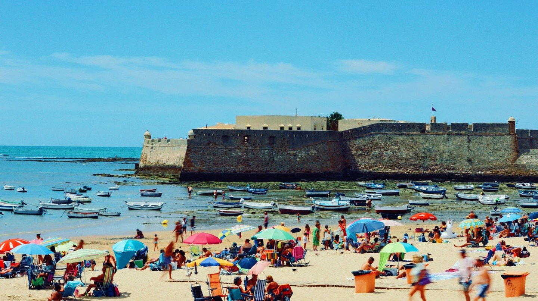 Playa La Caleta, Cádiz; ijclark/flickr