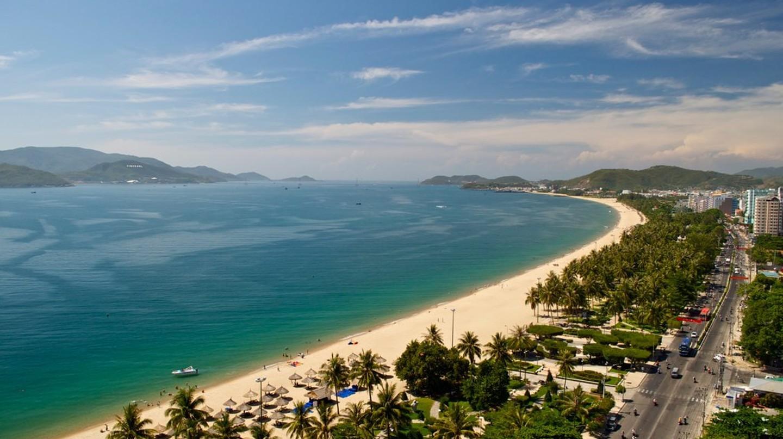 Nha Trang Coast | © J White/Flickr
