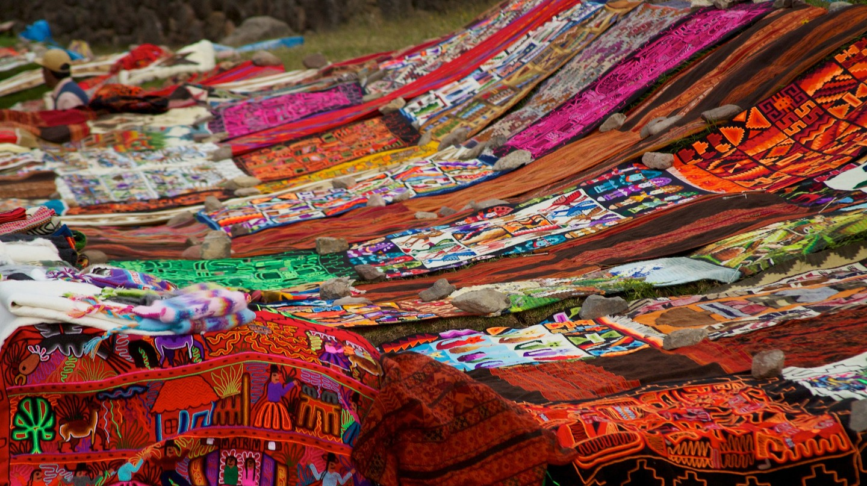 Peruvian textiles | © McKay Savage / Flickr