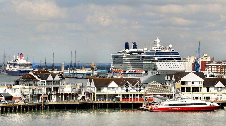 Southampton Docks 3. Nikon D3100 | © Robert Pittman/Flickr.