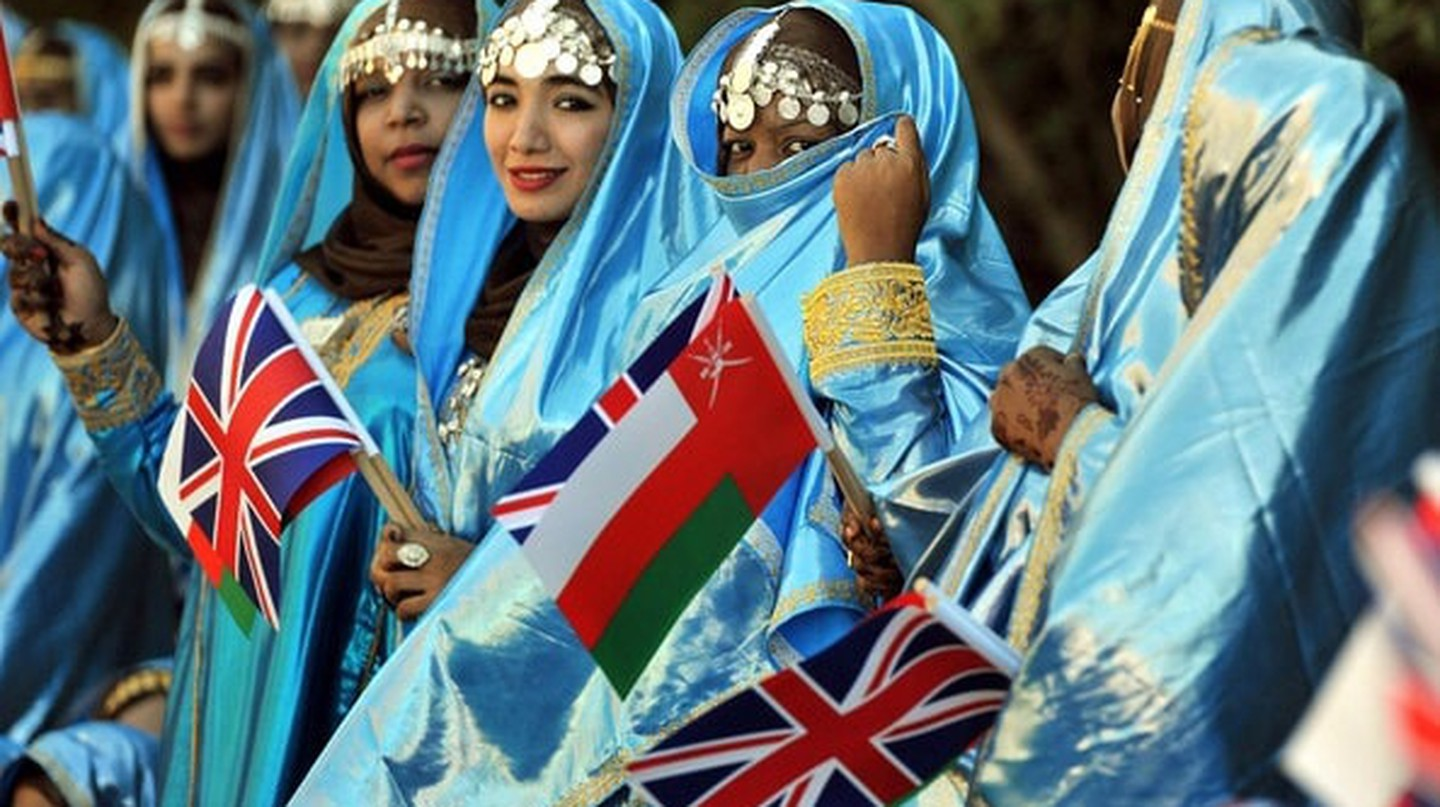 Unique Omani Costumes © Tribes of the World |Flickr