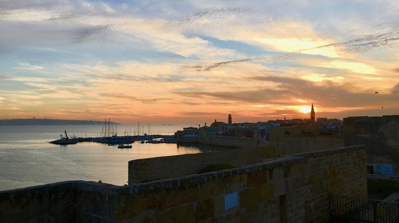 Sunset over Akko's Old City | © Reuben Lewis