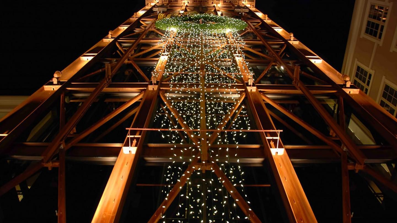 Christmas at The Americana | © Chris Yarzab / Flickr