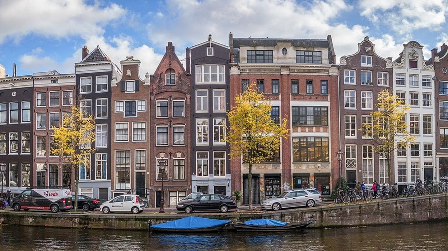 10 Scams All Tourists Should Avoid in Amsterdam