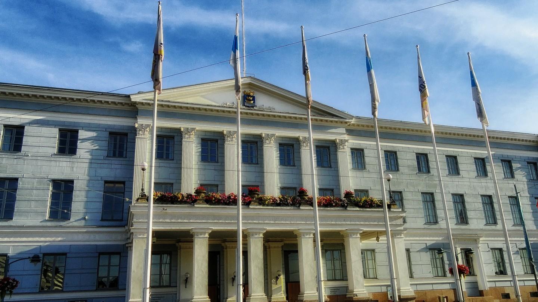 Helsinki City Hall   12019/10279 / Pixabay