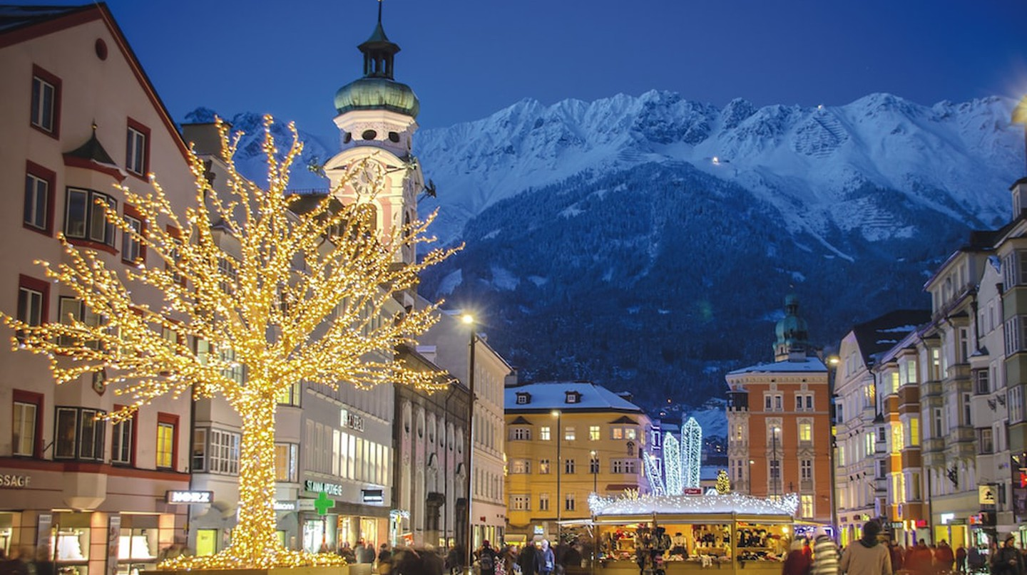 Maria Theresien Street | Courtesy of Innsbruck Tourismus / Alexander Tolmo