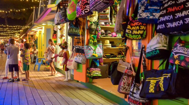 Island Village, Ocho Rios | © Island Leisure Tours http://islandleisuretours.com/