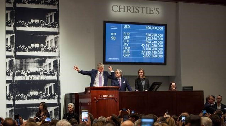 Auctioneer and Global President Jussi Pylkkänen selling Leonardo da Vinci's 'Salvator Mundi' for a record $450,312,500 | © Christie's Images Ltd. 2017