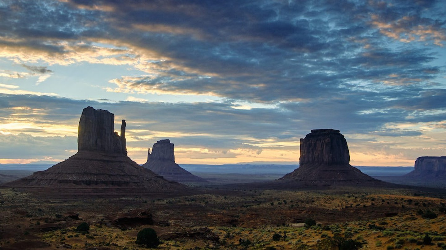 Monument Valley|©Pedro Szekely/Flickr