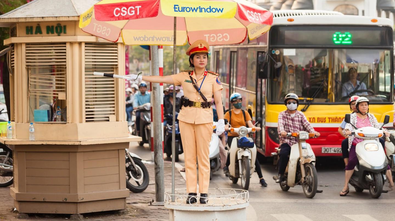 Police officer in Hanoi, Vietnam | © Cocos Bounty / Shutterstock