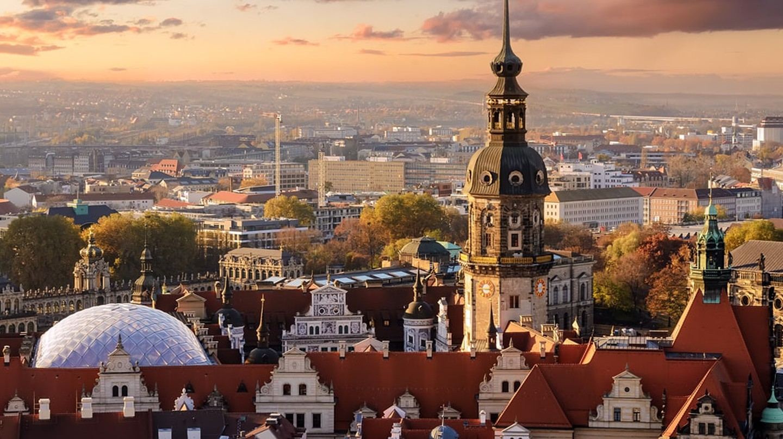Skyline of Dresden, Germany | ©Velishchuk Yevhen/Shutterstock