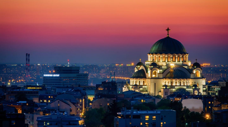 It is difficult to miss Saint Sava Church in Belgrade   © Nenad Dedomacki / shutterstock