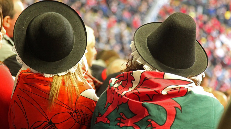 Two Welsh Dragons |©ChrisBrown/Flickr