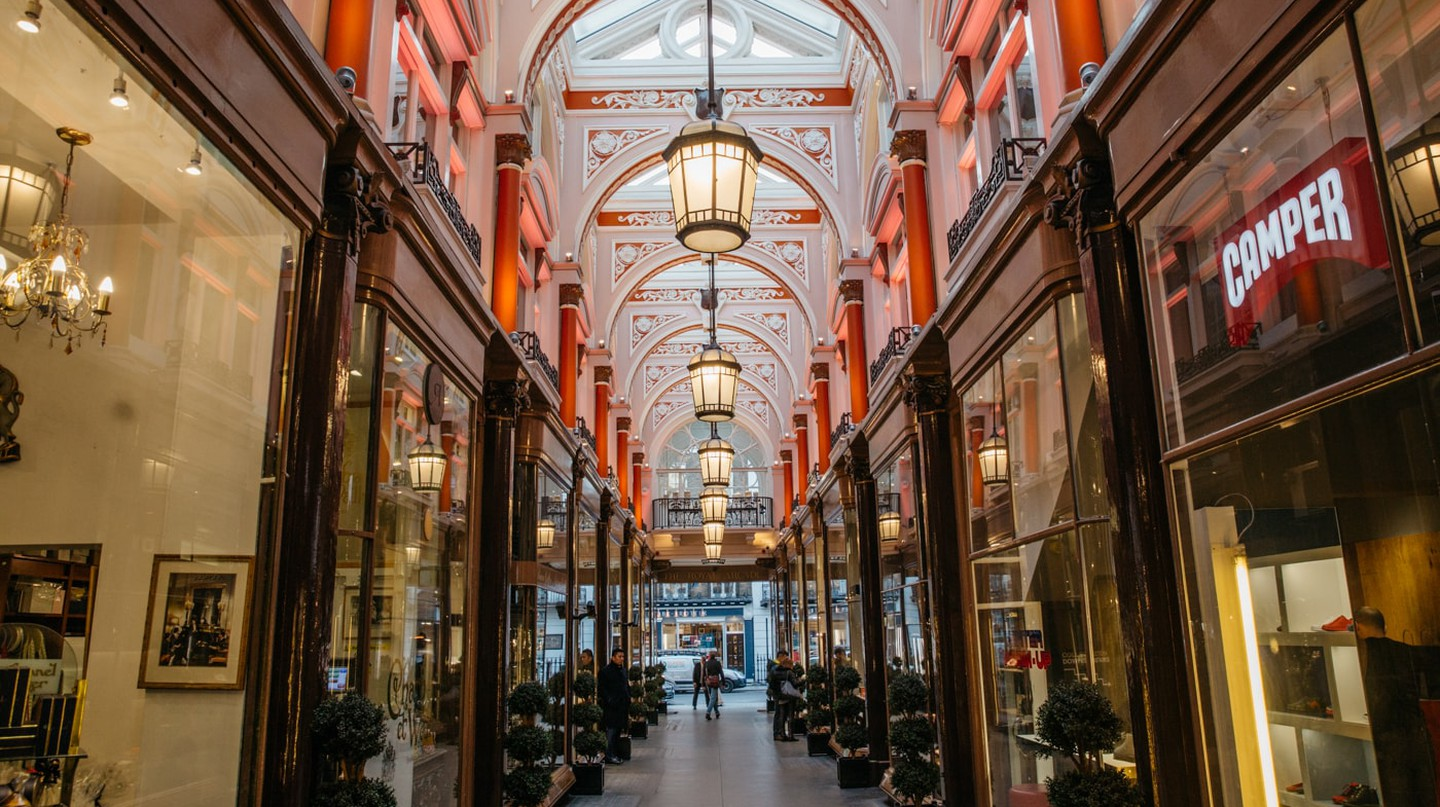 6 Reasons You Should Explore London's Mayfair