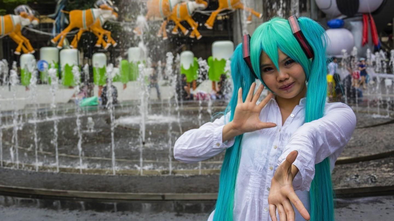 A girl poses in Siam Square, Bangkok | © Guillén Pérez/Flickr