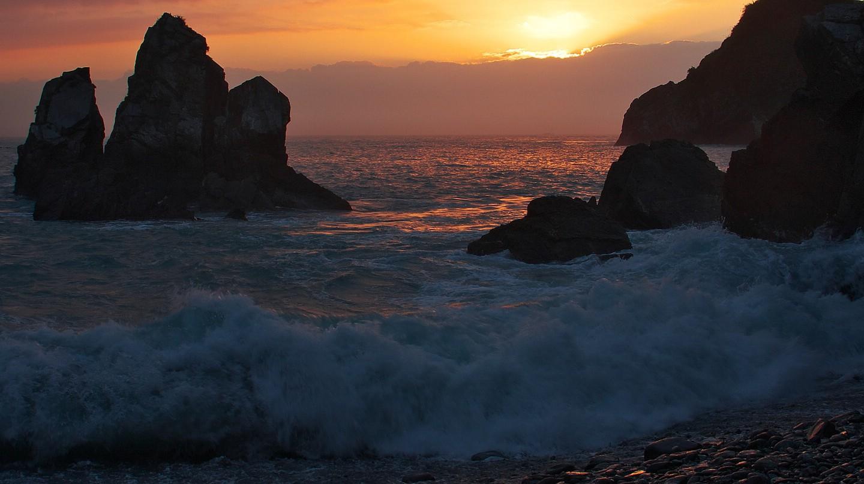 Dongao Sunrise   © Mark Kao / Flickr