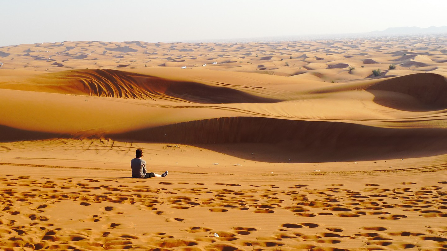 Everyone should visit Dubai at least once to experience the beauty of the Arabian Peninsula | © Nacho Pintos/Flickr