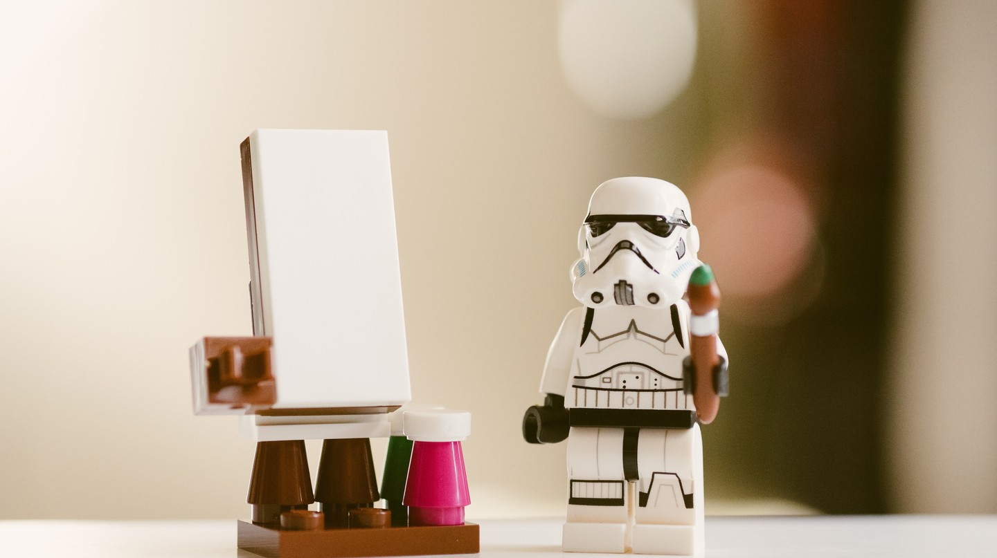 Stormtrooper has a point | © Daniel Cheung / Unsplash