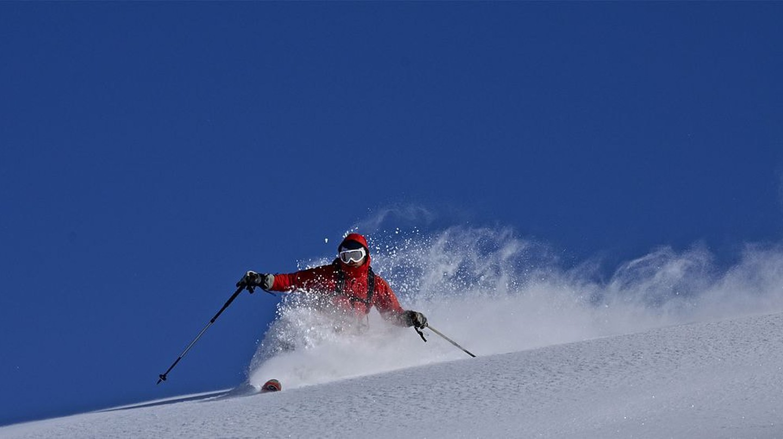Skiing   © Timuzapata/WikiCommons