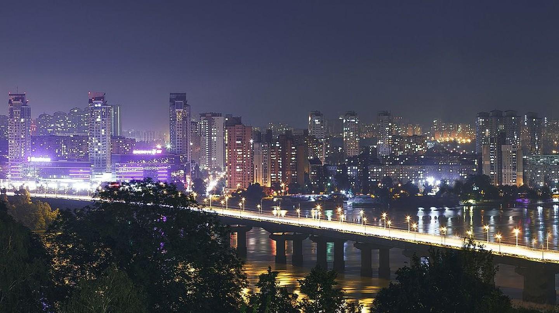 Kiev at night|©Sviatimage/WikiCommons