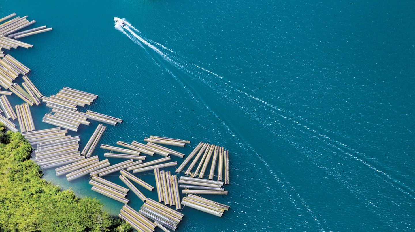 Construction materials along Lake Kivu | Courtesy of Gaël R. Vande weghe and Philippe Nyirimihigo