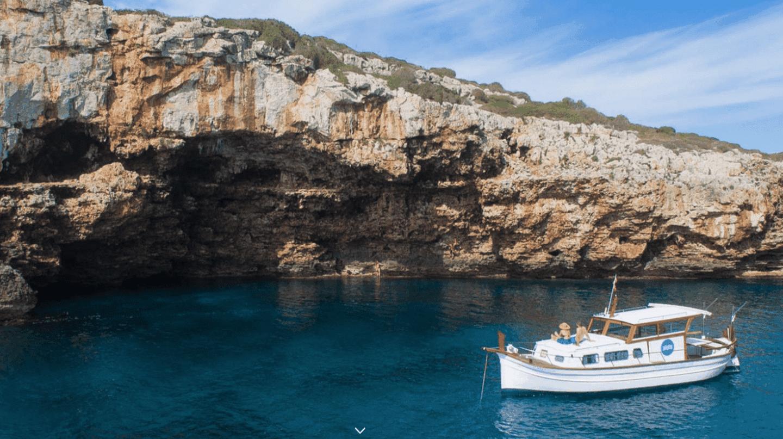 Llaüt boat | Courtesy of Menorca en Llaüt