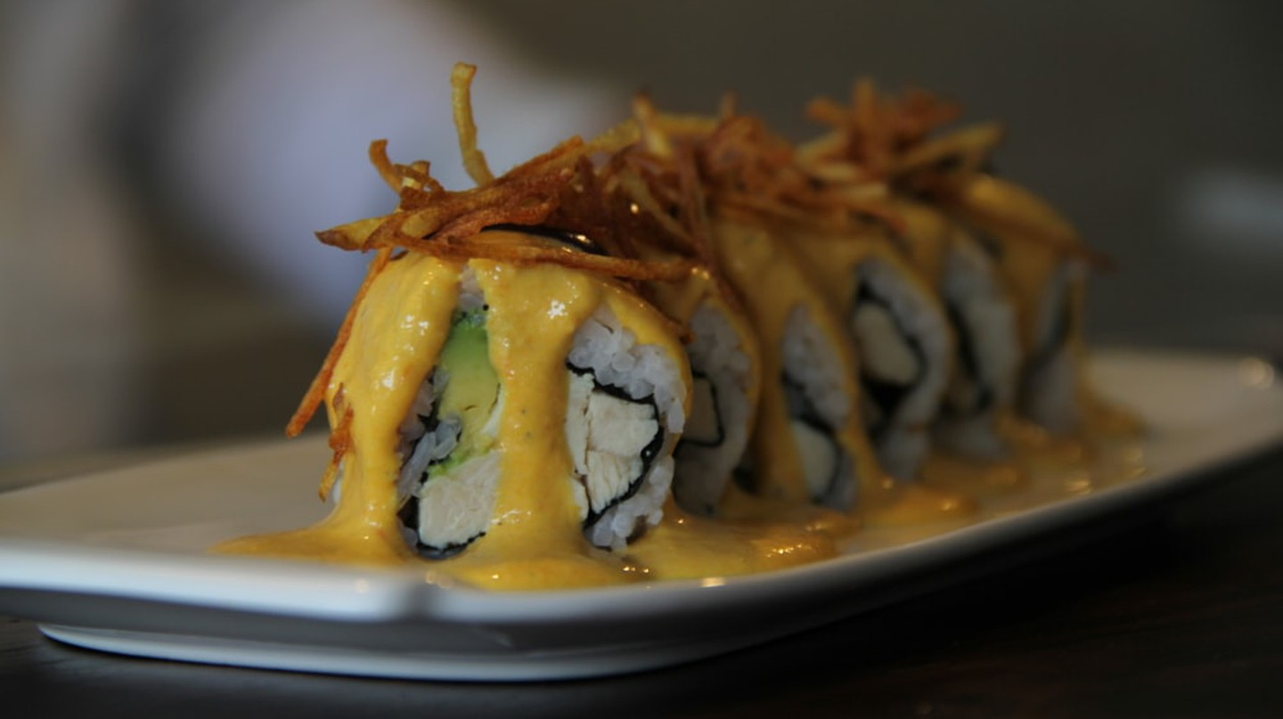 Aji de gallina roll