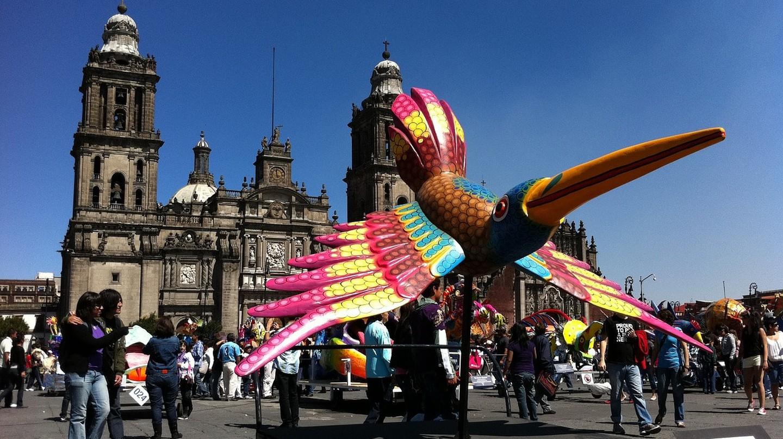 The Mexico City Zócalo│©phoebecole17/Pixabay