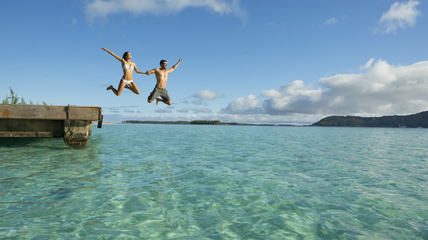 Enjoying the water | © Tahiti Tourisme