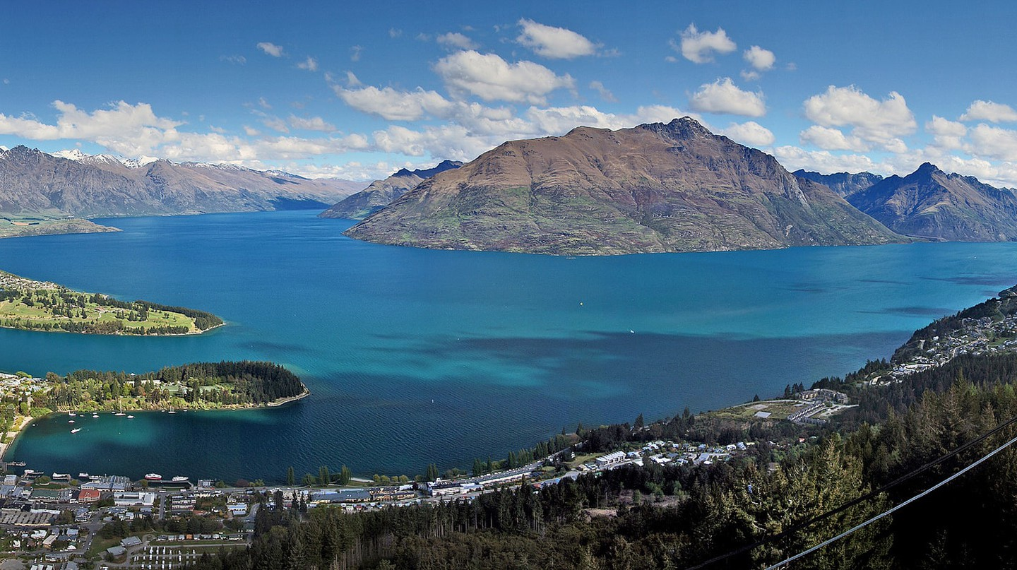 View of Queenstown and Lake Wakatipu | © Bernard Spragg/Flickr