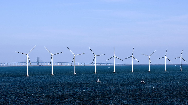 Turbines  |  © www.cgpgrey.com/WikiCommons