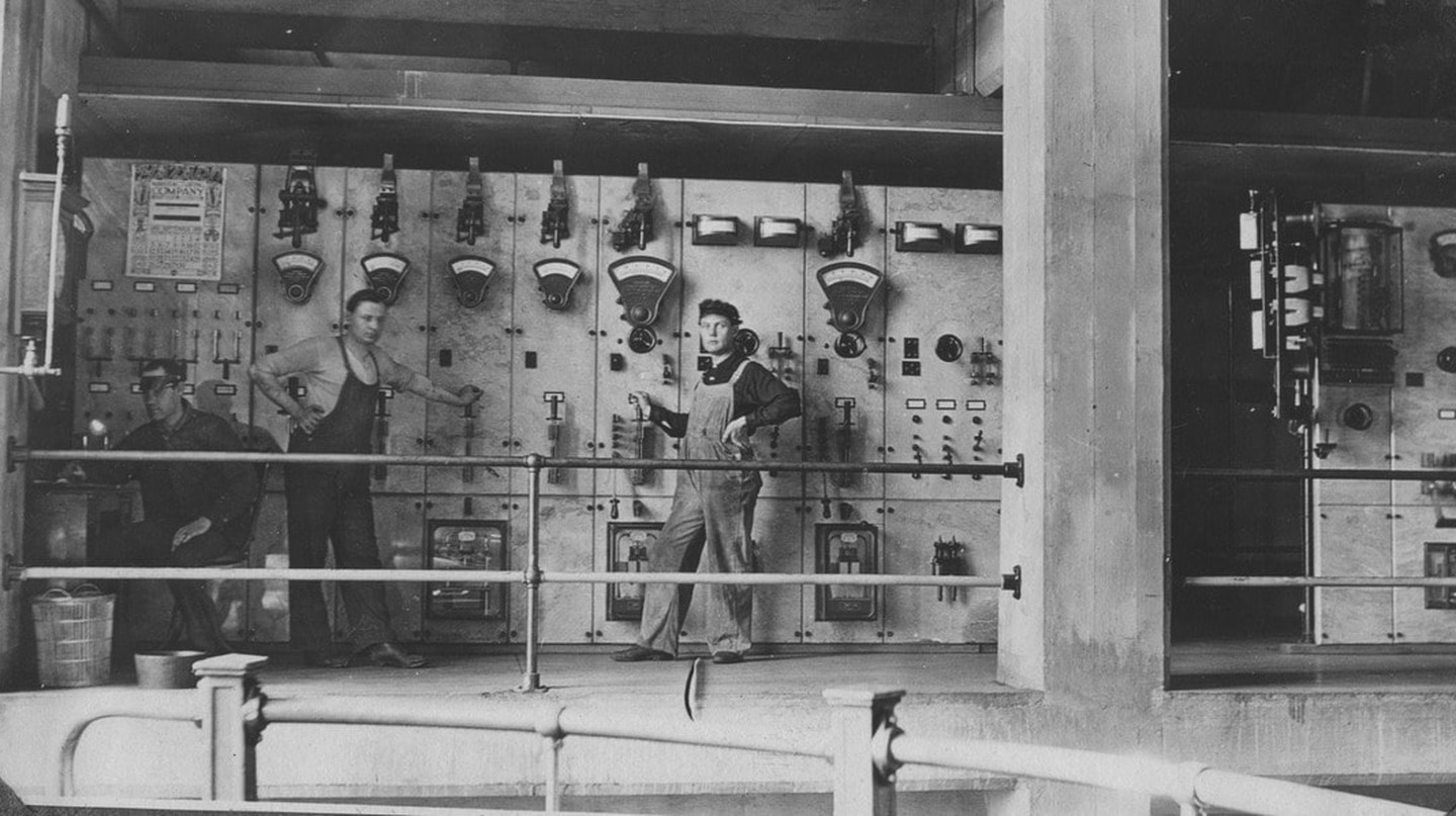 Georgetown Power Station Workers, 1909 | © Seattle Municipal Archives / Flickr