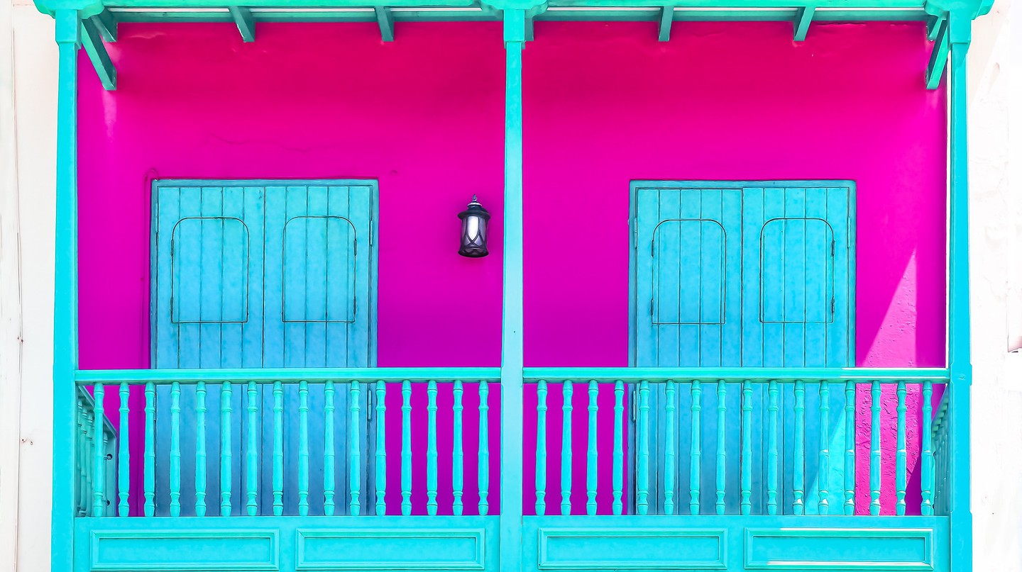 Teal & Fuchsia in Old San Juan | © Ian D. Keating / Flickr