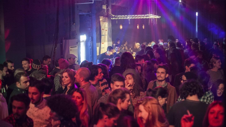 The bustling crowds at Elektropionir   © Aleksandra Nikolić