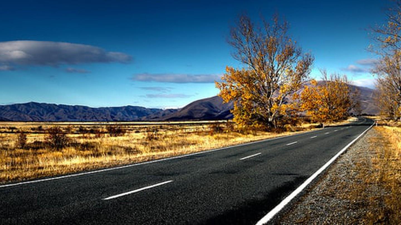 Kiwi Roadtrip | © Bernard Spragg. NZ / Flickr
