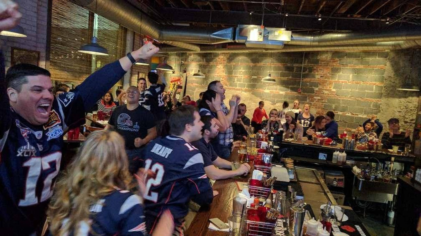 Boston Restaurants with the Best Super Bowl Specials