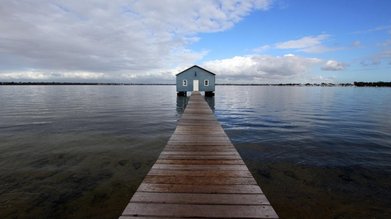 Perth's Blue Boat House   © Pixabay