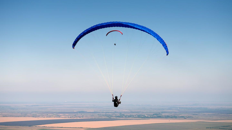 A spot of paragliding in Serbia | © Rasica/shutterstock