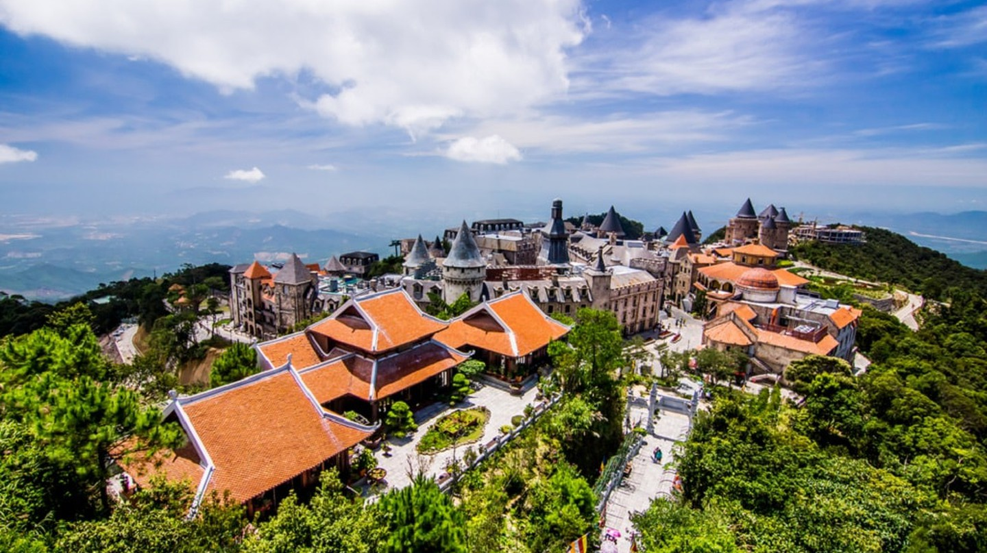 The weird and wonderful Ba Na Hills mountain resort | © THANA NATTRIBHOP/Shutterstock
