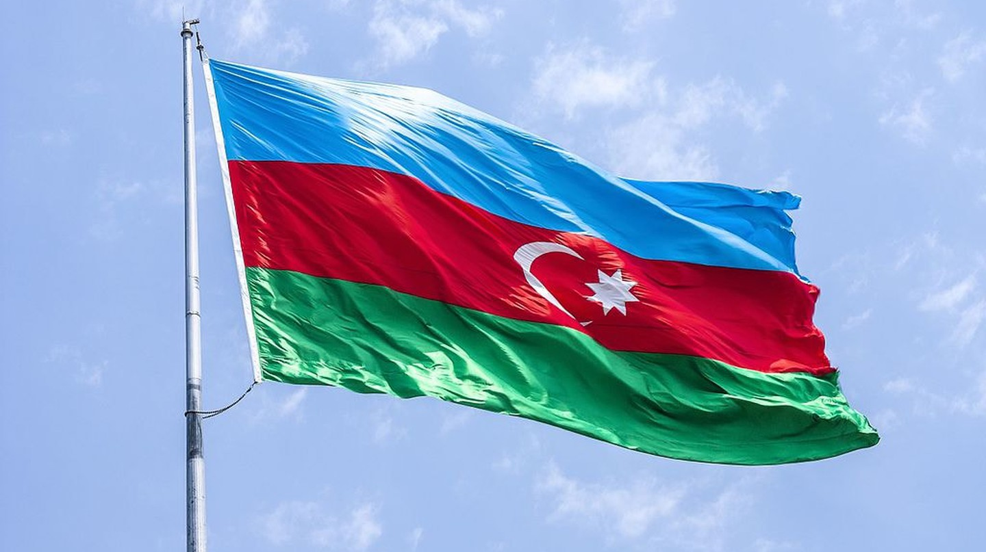 Flag of Azerbaijan | © AlixSaz/WikiCommons