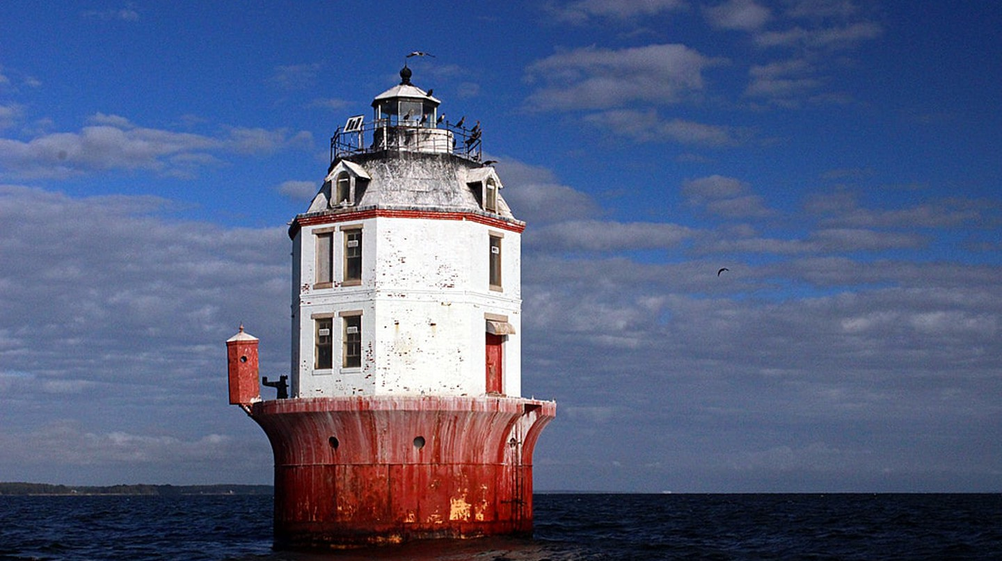 Lighthouse in Chesapeake Bay | © scott1346/Flickr