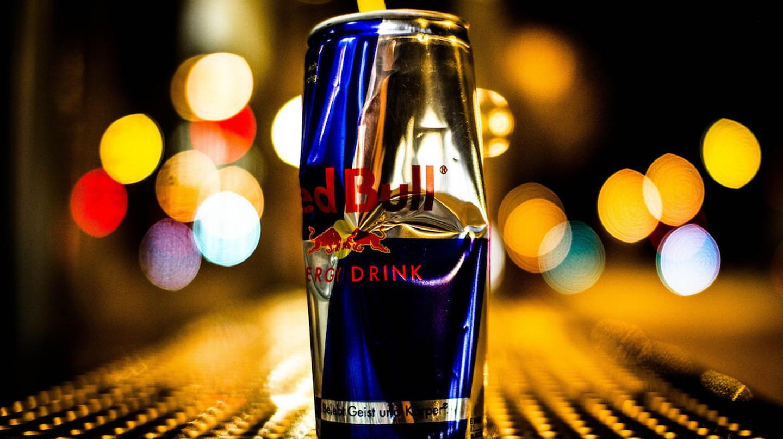 Crushed can | © reynermedia / Flickr