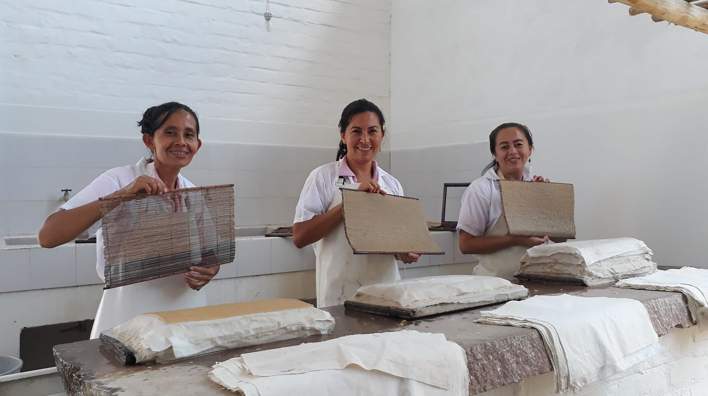 The Art Behind Barichara's All-Female Artisanal Paper Making