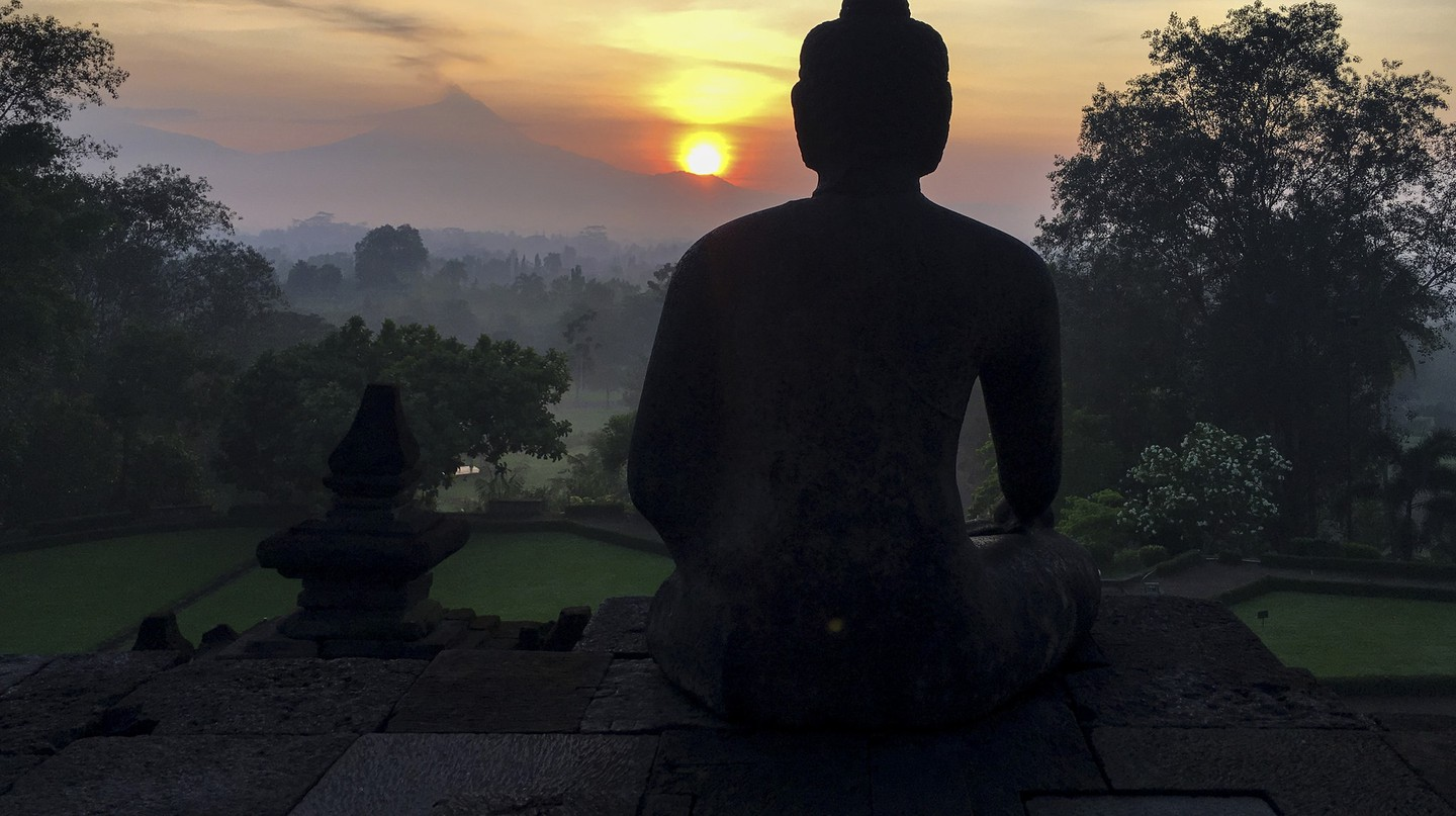 Sunrise from Borobudur Temple | ©Christopher Michel/Flickr