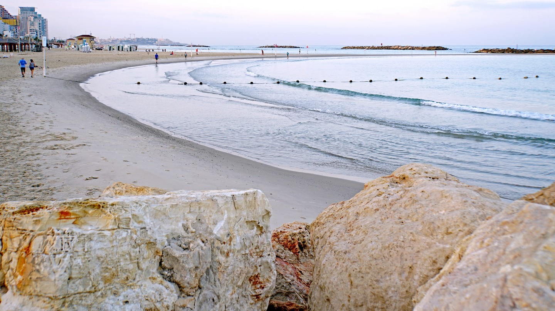 Tel Aviv coast   © Dennis Jarvis/Flickr