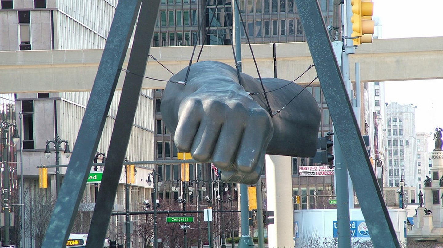 The Monument to Joe Louis | © Pat (Cletch) Williams / Flickr