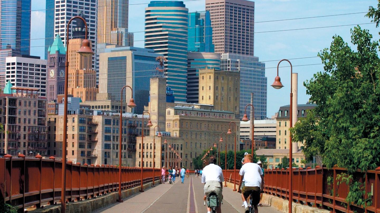Minneapolis Skyline from the Stone Arch Bridge | © Meet Minneapolis/Flickr