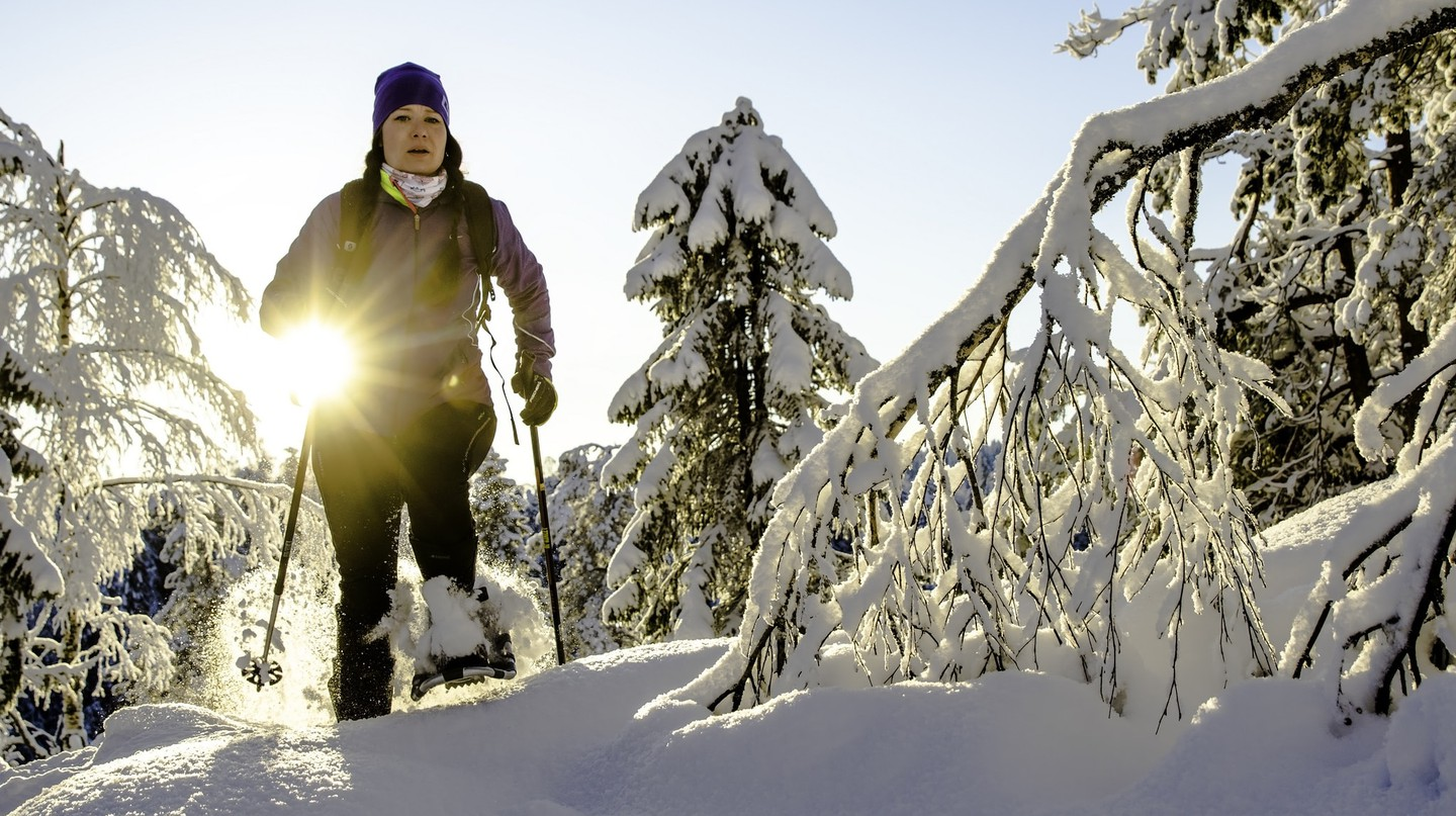 Snowshoeing in Finland | © Visit Lakeland / Flickr